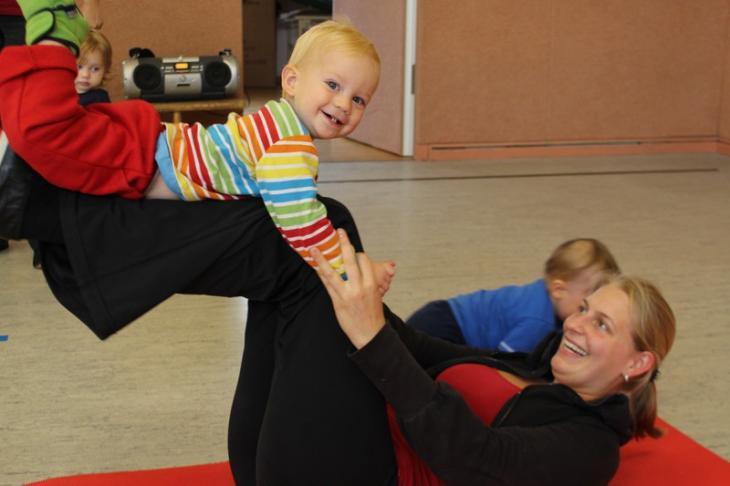 neuer Kurs Fit mit Mama-Baby-Aerobic
